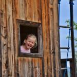 Strahlende Kinderaugen am Erlebnisspielplatz