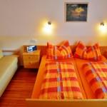 Kuschelige Träume im Schlafzimmer - Ferienwohnung Abendsonne
