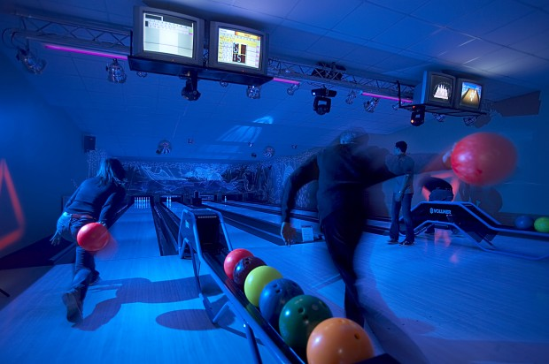 INSEL TOWN -BOWLING PIZZA INSEL STADL